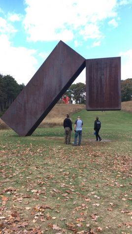 Art Students Take In Beauty, Wonder of Storm King
