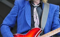 Famed Rocker Tom Petty Dies at 66