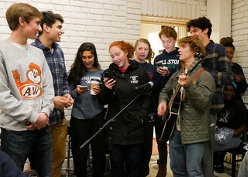 Campus Coffee House Provides Pre-Finals Stress Relief