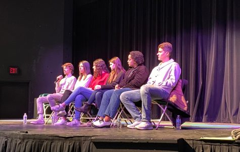 Alums Return with Firsthand College Advice