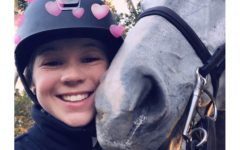 How Anna Richardson '21 Keeps Up with School While Competing in Florida Equestrian Festival